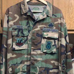 Vintage Air Force Camo  Patch Jacket ✈️